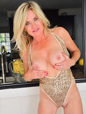 Hot Blonde MILF Posing
