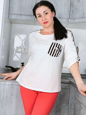 Sexy Wife Lillya