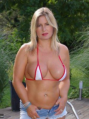 Busty Blonde Amateur Wife